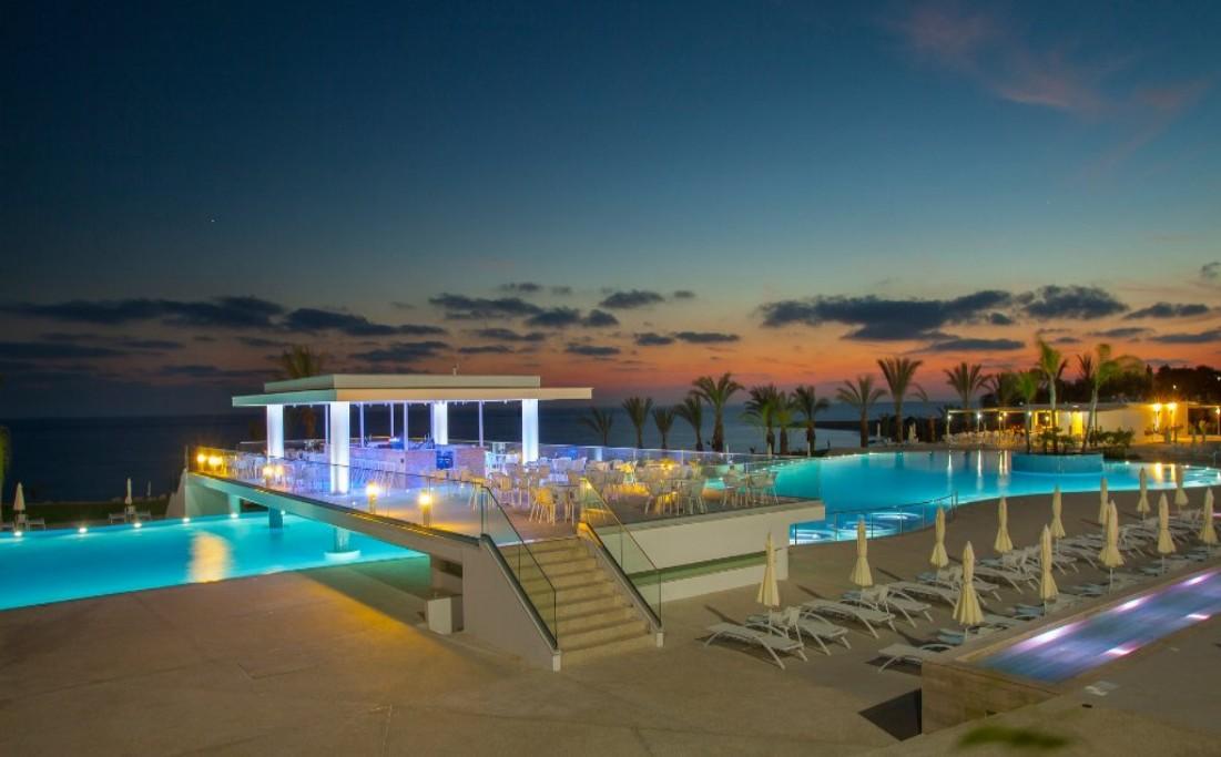 King Evelthon Beach Hotel – Cyprus
